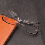 New Retro Elastic Folding Metal Reading Glasses with Case