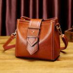 New Women Leisure Solid Shoulder Bag Oil Wax Crossbody Bag