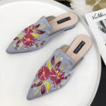 New Embroider Floral Slippers Women Mules Point Toe Flat Sandals