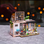 New Robotime DG13 Kevin's Studio DIY Doll House 23*27.1*22cm With Furniture Light Gift Decor Collection