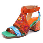 New SOCOFY Pattern Hollow Hook Loop Leather Sandals