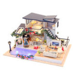 New Hoomeda 13849 DIY Doll House Mermaid Tride Miniature Furnish 35cm With Cover Music Movement