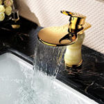 New European Golden Mirror Bathroom Basin Waterfall Spout Faucet Cold & Hot Mixer Tap Single Handle Copper Deck Mount