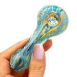 New Colorful Handcrafted Smoking Glass T obacco Hand Filter Pipes Mini Spoon Shisha H ookah Blunt