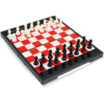 New              Magnetic Chess Game Set Folding Plastic Chessboard Portable Kids Game Toys