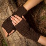 New              Female Wool Knit Half Finger Typing Diamond Finger Glove