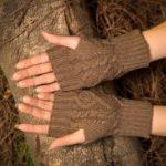 New              Wool Knit Half Finger Typing Female Diamond Finger Gloves