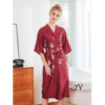 New              Silky Half Sleeve Oblique V-Neck Bridesmaid Kimono Robes