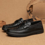 New              Men Cowhide Leather Comfortable Loafers