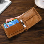 New              Men Genuine Leather Retro RFID Blocking Thin Wallet