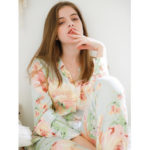 New              Floral Printed Long Sleeve Button-Down Lapel Pajama Set
