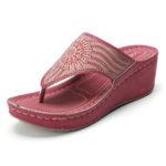 New              LOSTISY Women Bohemian Rhinestone Lightweight Beach Sandals