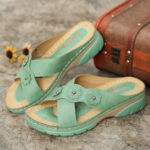 New              LOSTISY Women Flower Decoration Cross Strap Slip On Casual Daily Beach Wedge Sandals