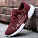 New              Women Casual Embroidery Flowers Knitted Lightweight Breathable Sneakers