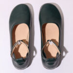 New              Women Solid Color Casual Ankle Buckle Strap Flat Loafers