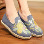 New              Women Handmade Embroidery Straw Comfy Lightweight Casual Flat Loafers