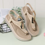 New              Women Metal Clip Toe Elastic Band Lightweight Beach Sandals