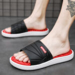 New              Men's Large-size Casual Fashion Outdoor and Indoor Home Slippers