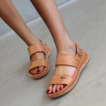 New              Women Metal Solid Color Buckle Strap Comfy Slip Resistant Sandals
