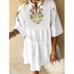 New              Bohemian Floral Print V-neck 3/4 Sleeve Pleated Mini Dress