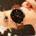 New              LSVTR Casual Fashion Diamond Pattern Dial Rhinestone PU Leather Strap Women Wristwatch Quartz Watch