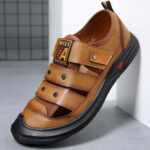 New              Men's Leather Breathable Toe-protected Soft Bottom Beach Outdoor Sandals