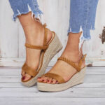 New              Women Straw Braided Open Toe Buckle Wedges Sandals