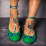 New              LOSTISY Beaded Chain Exotic Style Flower Embroidered Casual Green Loafers