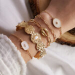 New              Bohemian White Resin Shell Multi-layer Bracelet Metal Geometric Square Round Pendant Chain Bracelet