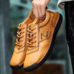 New              Men Hand Stitching Leather Soft Sole Non Slip Casual Shoes