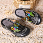 New              SOCOFY Handmade Genuine Leather Vintage Floral Pattern Hollow Stitching Soft Slip On Sandals