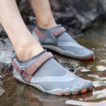 New              Men Outdoor Fabric Mesh Non Slip Quick Drying Beach Water Diving Shoes